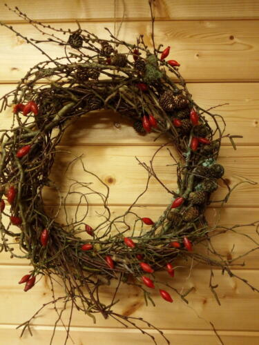 Larch & rosehip wreath
